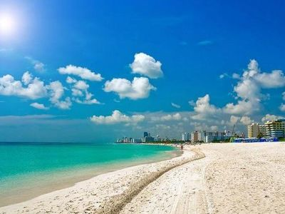 OCEAN Dr, Steps to Beach, NICE POOL  APT. 1/1, .APPROVED PROPERTY BY THE CITY.