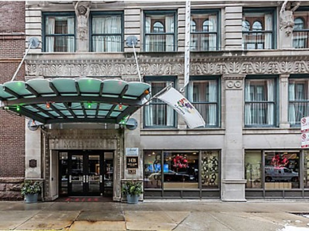 Hotels Amp Vacation Rentals Near 850 S Wabash Chicago Il