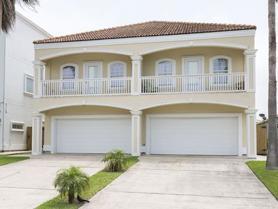 Photo for Stunning private townhome 1/2 block from beach!