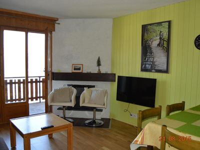 Photo for Comfortable 2* - 1-bedroom-apartment for 2-6 people located below the swimming pool, at about 600m f