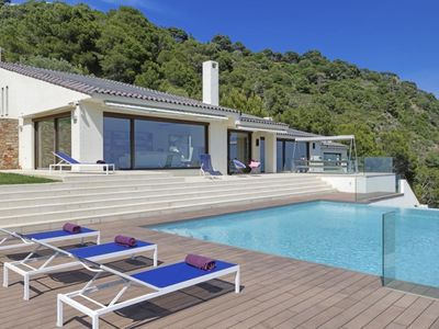 Photo for Exclusive property with modern design, and with fantastic views of the sea and the bay of
