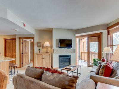 Photo for Ski-in/ski-out condo w/ shared gym & hot tub, ski views - right in the Village!