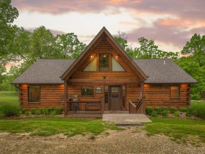 Photo for Log cabin with hot tub! Caribou Canyon Lodge!