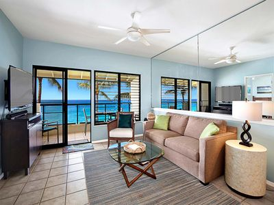 Ocean Front Views! A/C, WiFi, Washer/Dryer, Full Kitchen, Private Lanai–Poipu Shores 402A