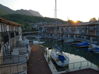 Photo for Luxury apartment in Marina on Lake Geneva