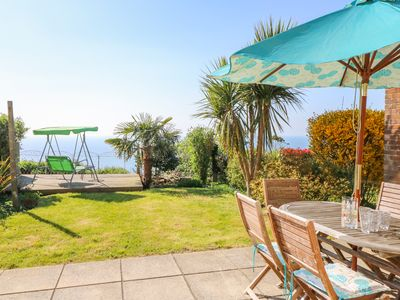 Photo for SEA BREEZE, family friendly, with a garden in Ventnor, Ref 989136