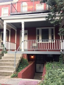 Photo for Large 1 Bed/Bath English Basement Apt in Row Home near Metro