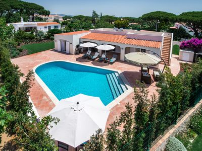 Photo for BEAUTIFUL 3 BED VILLA, VALE DO LOBO, HEATED POOL, CENTRAL LOCATION