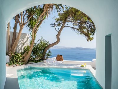 Photo for NINO CALDERA RESIDENCE IN OIA SANTORINI up to 2 guests with private pool and stunning views !