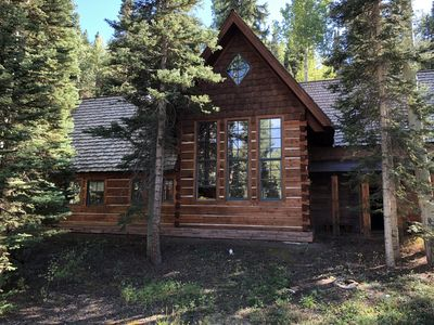Photo for 4BR Mountain Village House - Sleeps 10, 8 beds - 1 Min Walk To Ski - Huge Views