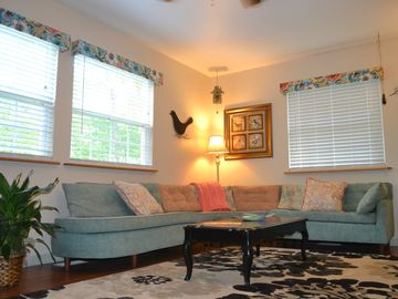 Family & Pet friendly Bird House near Fall Creek Falls with Free Keurig