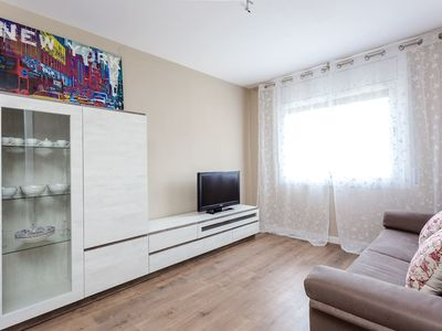 Photo for Brand new 3bedroom flat next to Fira BCN