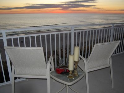 Photo for COME AND ENJOY YOUR VACATION IN THE BEAUTIFUL CONDO OF EMERALD BEACH RESORTS!