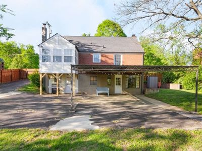 Photo for Great 1 bedroom apartment in EAST NASH!