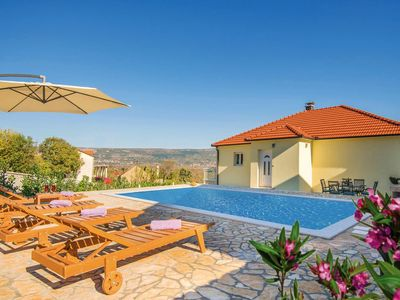 Photo for 5BR House Vacation Rental in Zmijavci