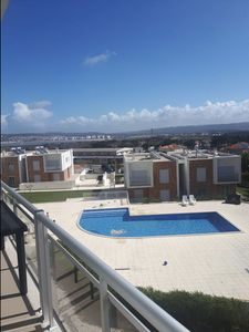 Photo for Bela Baia - Modern apartment with communal swimming pool in Salir do Porto