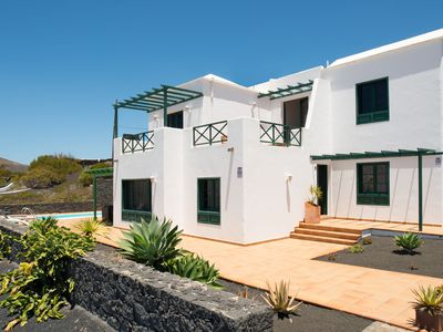 Photo for Luxury villa, pool, sea views, A / C, barbecue, WIFI, table tennis