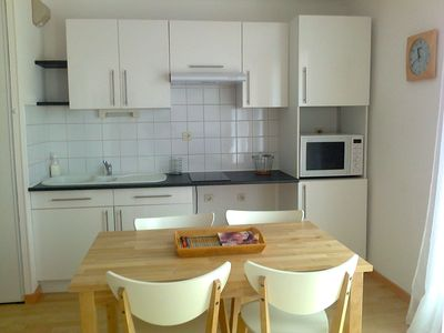 Photo for Apartment AVIGNON ideal festival with swimming pool and closed parking