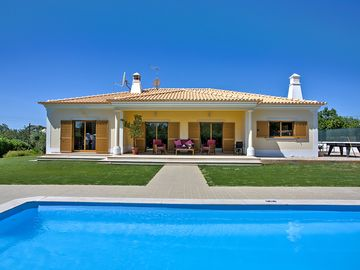 Search 860 holiday rentals