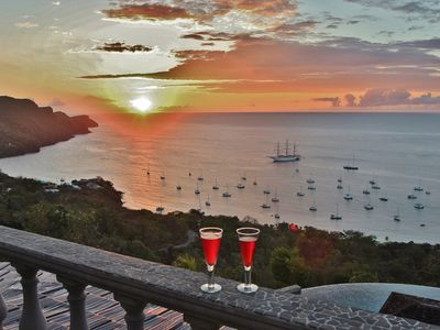 Photo for Tropical Hideaway Penthouse Suite - Stunning Views - 5*  Accommodation