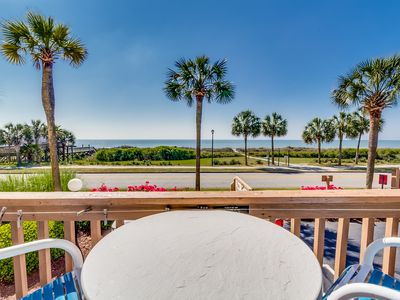 Large Oceanfront Condo - Family Friendly, Beautiful Views!