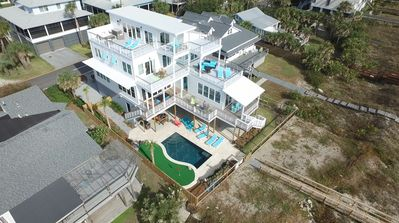 Photo for 6BR/6BA Front Beach! Pool & Elevator! 3 Levels of Decks w/ Amazing Views!