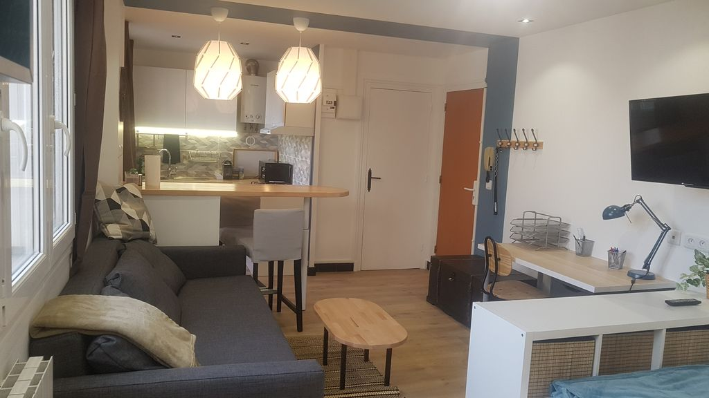 Property Image#6 The Pied à Terre   Studio Completely Redone