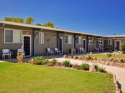 Photo for Getaway Villas, Unit 302 - Fully Self contained villa with King sized bed