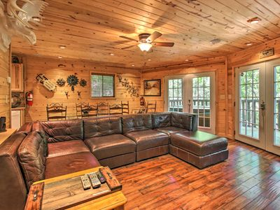 Photo for Cottage w/Hot Tub + Rustic Charm: 2 Mi to Downtown