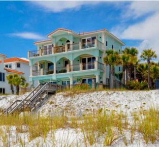 Photo for Beach Front, Gulf Views, Private pool, guest house!