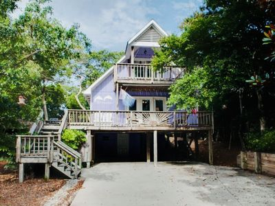 Photo for Beautiful seaside escape in the heart of Emerald Isle, NC