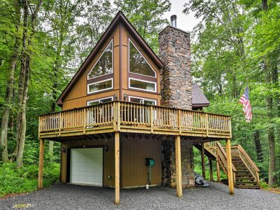 Photo for Private Chalet w/Pool Table 1 Mi. from Pocono Lake