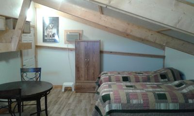 Big Horn Mountains Efficiency Apartment in loft