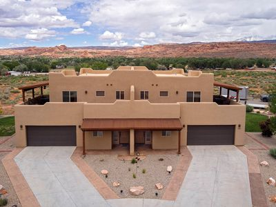 Photo for Sg4 | Huge Wrap-Around Deck With Views & 15 Minutes From Arches National Park