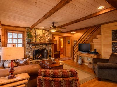 Photo for 4BR, Near Boone, Blowing Rock, Ski Resort, Outdoor Fireplace, Granite/Stainless, 5 HDTVs, xBox 360