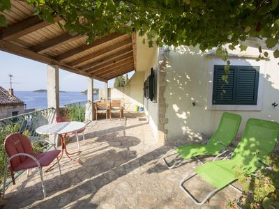 Photo for One bedroom apartment near beach Vis (A-17960-a)