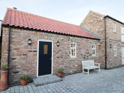 Photo for PEAR TREE COTTAGE, family friendly in Dunnington, Ref 913077