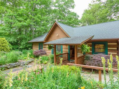 Photo for 3BR, 2BA Cabin Near Blowing Rock, NC, Hot Tub, Fire Pit, Close To Appalachian Ski Mountain
