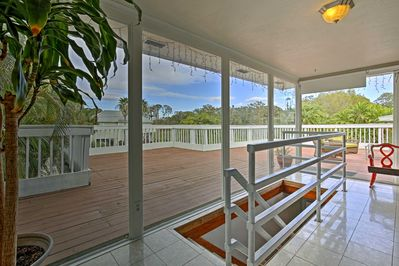 Leave your worries behind at this Clearwater vacation rental house!