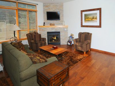 Photo for Savoy Villas 2D: 3 BR / 3.5 BA condo in Vail, Sleeps 6