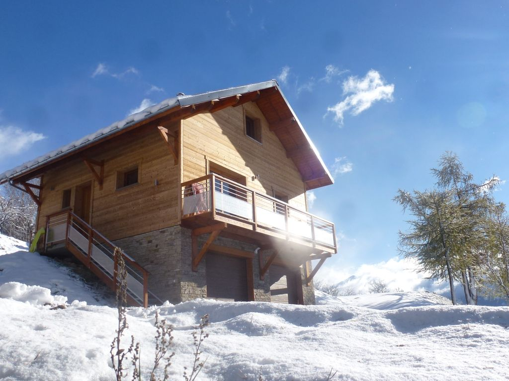 Hotels vacation rentals near chaillol 1600 ski school alpes du sud france trip101 - Chalet en bois swan valley ...