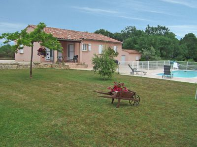 Photo for Detached villa with swimming pool situated in quiet ideal for family holidays