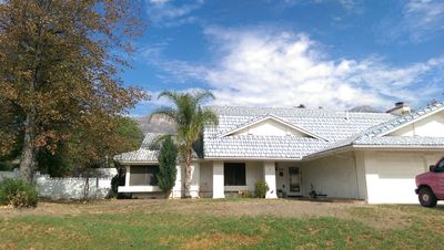 Photo for Beautiful large family style home. Safe and quiet