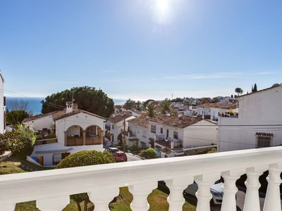 Photo for Mid Garden - appartment comfortable, quiet and spacious with sea view, pool, beach