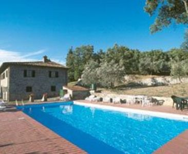 Photo for Beautiful private villa with WIFI, private pool, TV, patio, panoramic view, parking, close to Arezzo