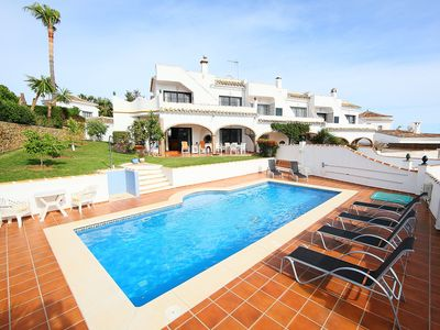Photo for This 3-bedroom villa for up to 7 guests is located in Calahonda and has a private swimming pool, air