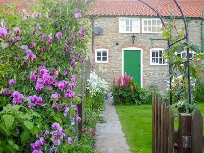 Photo for 2 bedroom accommodation in Sancton, near York