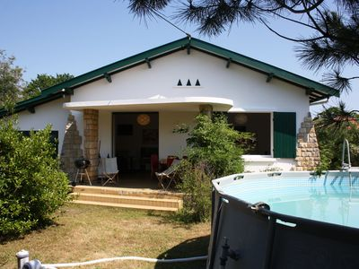 Photo for Typical house of 90 m2, 3 bedrooms, 300 m from the Bassin