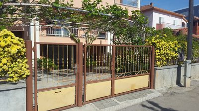 Photo for Comfortable and sunny 2-room apartment with balcony, barbecue and garage