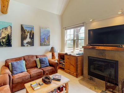 Photo for NEW LISTING! Dog-friendly ski-in/out townhome w/ private hot tub & shared pool